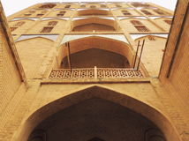 Porte du 17ème siècle de gratte-ciel de briques à la route en soie Photo libre de droits