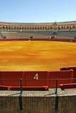 Porte du numéro 4 au grand bullring en Séville Espagne Images stock