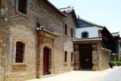 Porte du vieux bâtiment chinois Photographie stock libre de droits