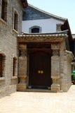 Porte du vieux bâtiment chinois Photographie stock