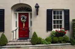 Porte ed architettura ornata unica scenica delle entrate vecchia Immagini Stock Libere da Diritti