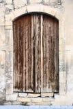 Porte en bois antique dans la vieille ville Limassol cyprus Photo stock