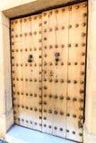 Porte en bois dans la vieille ville de Ronda, Andalousie, Espagne Photo stock