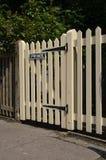 Porte en bois de piquet Photographie stock libre de droits