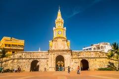 Porte et entrée historiques de tour d'horloge au vieux Photos stock