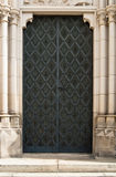 Porte noire de cathédrale de fer Image libre de droits