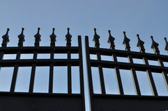 Porte noire de fer images libres de droits