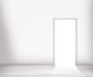 Porte ouverte dans le mur blanc Image libre de droits