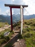 Porte ouverte dans les alpes Photographie stock libre de droits