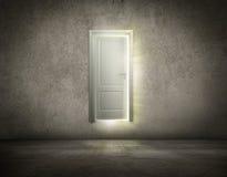 Porte ouverte de nouvelle occasion Photos libres de droits