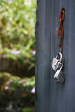 Porte ouverte sur UNO jardin Lizenzfreies Stockfoto