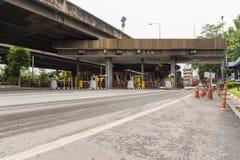 Porte pour le paiement d'honoraires d'autoroute urbaine à Bangkok par EXAT Image libre de droits