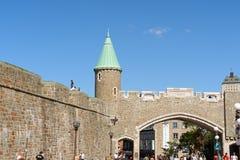 Porte Sanktt Jean (staden utfärda utegångsförbud för), i Quebec City Arkivbild