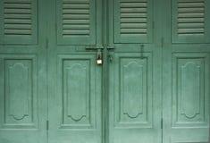 Porte verrouillée de vintage Photo libre de droits