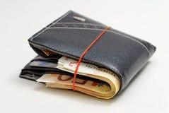 Portefeuille complètement avec 50 euros Image stock