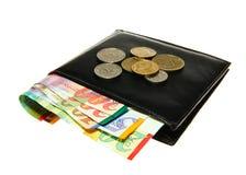 Portefeuille en cuir noir avec le shekel israélien Image libre de droits