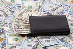 Portefeuille met Amerikaanse dollars Royalty-vrije Stock Afbeeldingen