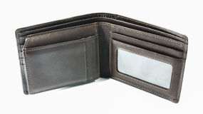 Portefeuille utilisé de cuir de couleur de chocolat d'isolement images stock