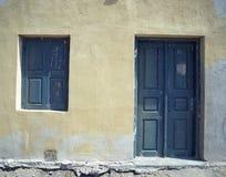 Portelli e finestra fotografia stock
