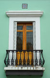 Portello abbellito del balcone a vecchio San Juan Immagine Stock