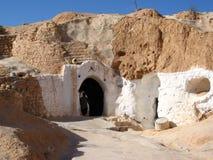 Portello alla casa sotterranea di Matmata fotografia stock