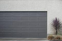 Portello del garage fotografia stock libera da diritti