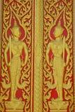 Portello dorato della chiesa del tempiale in Tailandia Immagine Stock Libera da Diritti