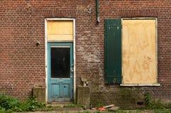 Portello e finestra dilapidati Fotografia Stock Libera da Diritti