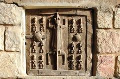 Portello tradizionale del granaio intagliato Dogon Immagini Stock Libere da Diritti