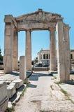 Porten av Athena Archegetis i Roman Agora, Aten, Grekland Royaltyfri Bild