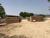 Porten av den Hazor staden i norden av Israel Arkivfoto