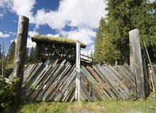 Porten av skidar Royaltyfria Bilder