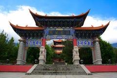 Porten i den Chongshen kloster. Fotografering för Bildbyråer