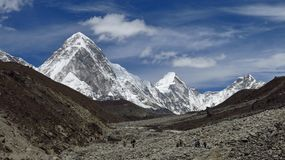 Porter heading towards the Everest Base Camp Royalty Free Stock Image