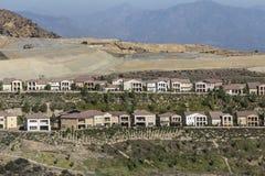 Porter Ranch California Hillside Homes-Bouw Stock Afbeeldingen