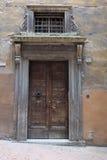 Portes antiques dans la ville de Pérouse image stock