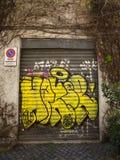Portes de graffiti à Rome Images stock