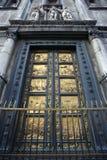 Portes du paradis photos stock