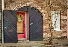 Portes et entrées scéniques, architecture unique, vieille, ornée Image libre de droits