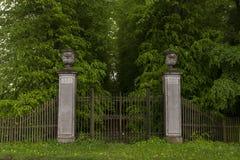 Portes fleuries Photo libre de droits