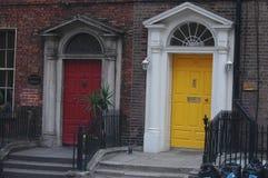 Portes géorgiennes typiques à Dublin Image libre de droits