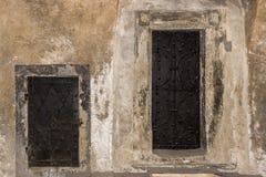 Portes pour grand et portes pour petit Images stock