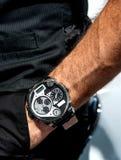 Portez une posture belle de montre Image stock