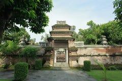 Portgravvalv av konungen Mataram Kotagede Yogyakarta arkivfoton