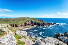 Porth Loe op de Kust Van Cornwall Stock Foto