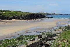 Porth strand, Newquay, Cornwall Royaltyfria Bilder