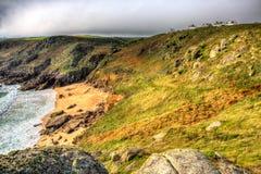 Porthchapel strand Cornwall England UK nära den Minack teatern i HDR Arkivbilder