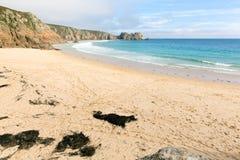 Porthcurno strand Cornwall England UK Arkivfoto