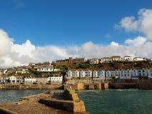 Porthleven hamn - Cornwall Arkivbild