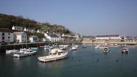 Porthleven hamn Cornwall stock video